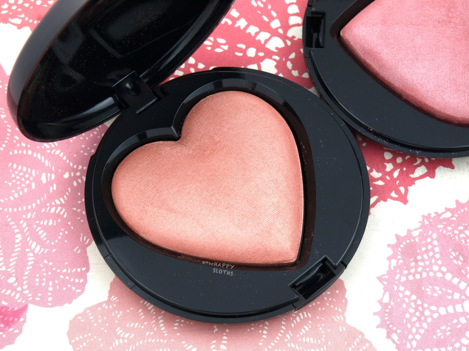 "Mary Kay Summer 2017 Baked Cheek Powder in ""Kind Heart"": Review and Swatches"