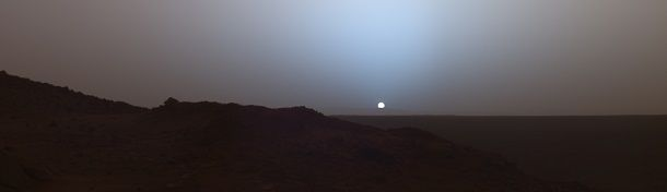 Mars_sky_at_noon-Mangal-grah-ki-photo