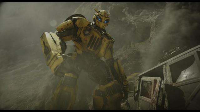Bumblebee: Người Máy Biến Hình - Ảnh 2