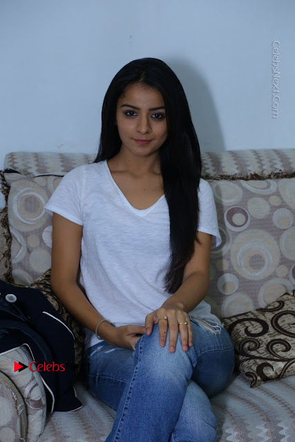 Telugu Actress Mahima Makwana Exclusive Stills in Blue Denim Jeans  0001.JPG