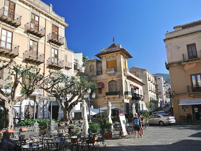centrum Cefalu, miasto we Włoszech