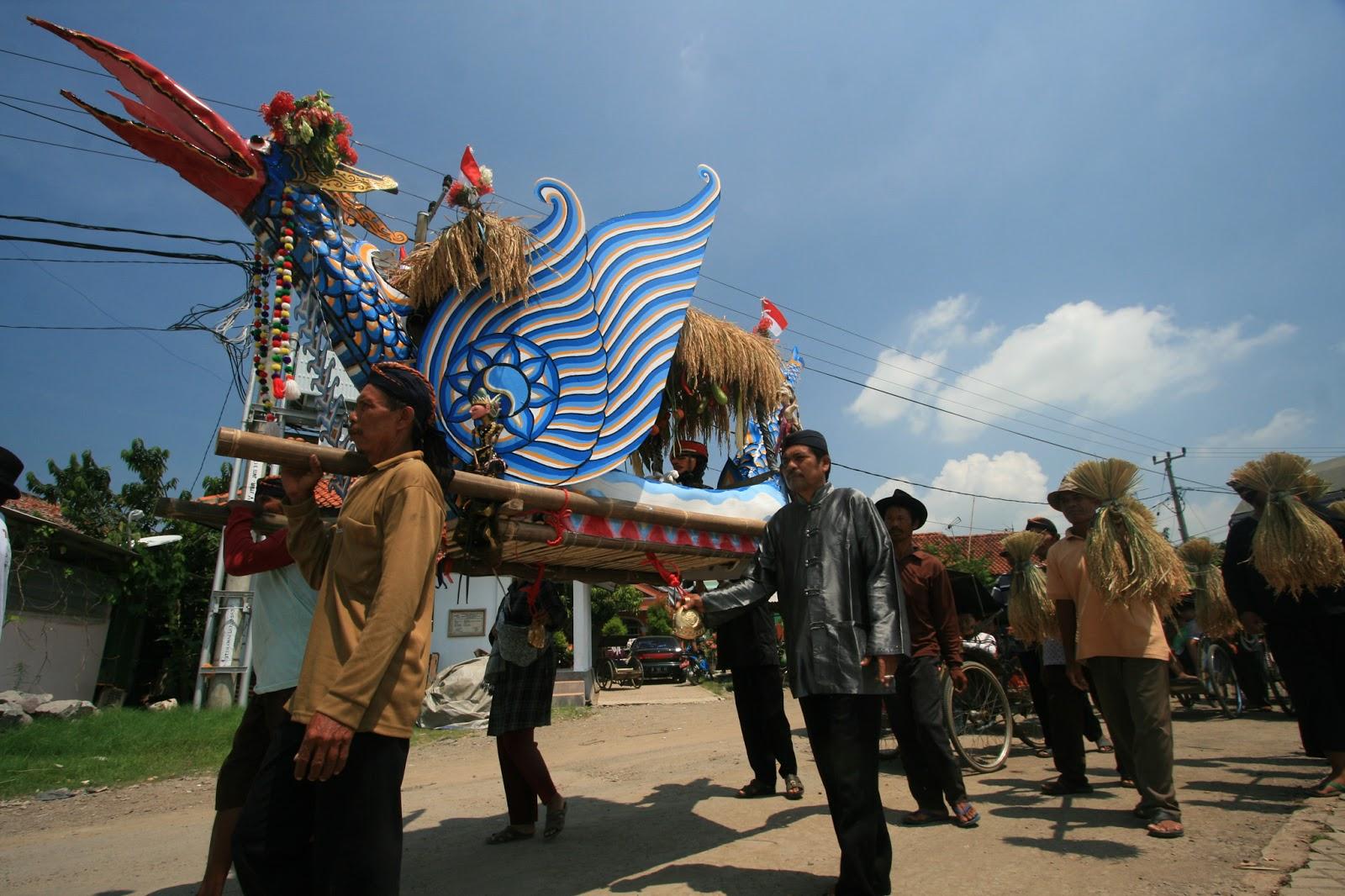 Sejuta Pesona Budaya Kota Indramayu The Happilionaire