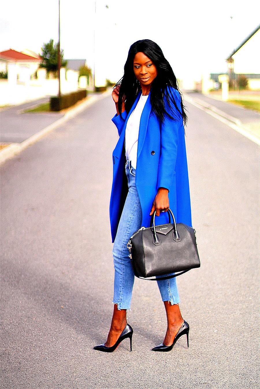 manteau-bleu-electrique-tendance-blog-mode-louboutin-pigalle-sac-givenchy-antigona