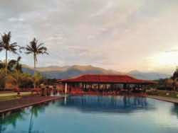 Hotel Kolam Renang di Puncak - Jimmers Mountain Resort