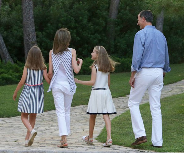 King Felipe, Queen Letizia, Princess Leonor and Princess Sofia at annual 2016 summer photo session photocall 2016. Letizia wore dress, Leonor dress, sofia dress style, fashions