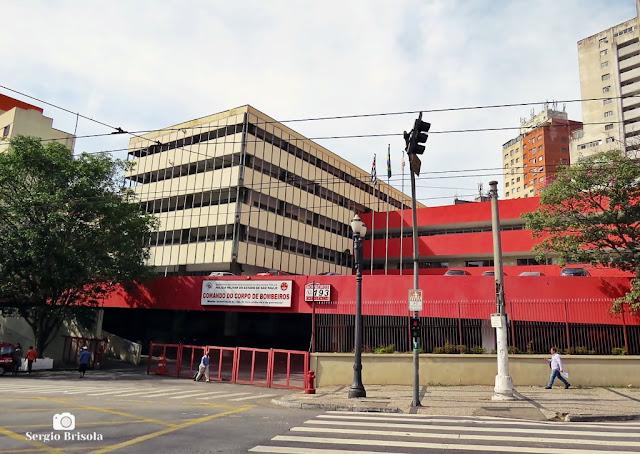 Vista ampla do Quartel do Comando do Corpo de Bombeiros São Paulo - Sé