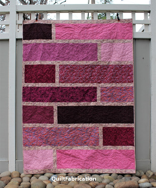 Paradise 4, a pink floral Quarter Cut quilt by QuiltFabrication