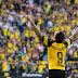 Borussia Dortmund vence nos acréscimos e assume a liderança com tropeço do Bayern em Freiburg