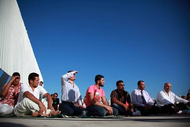 """Απλά ερωτήματα για το λεγόμενο """"Τέμενος"""""""