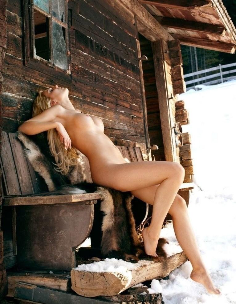 Порно голые в четверг фото картинки невест онлайн