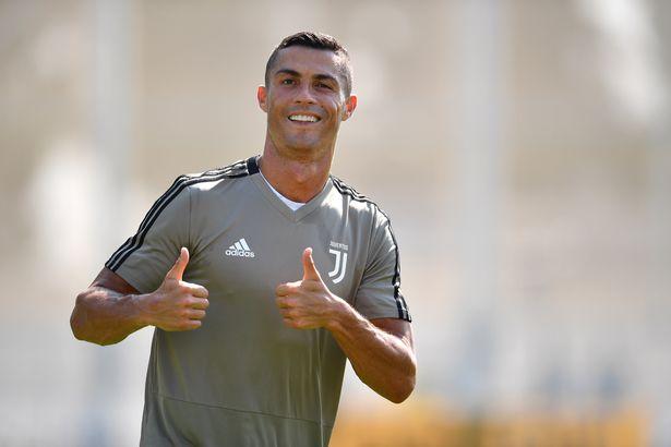Ronaldo đang chuẩn bị hội quân cùng Juventus