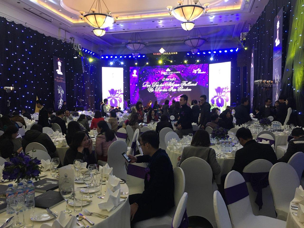 Hơn 500 khách hàng tham dự lễ ra mắt Iris Garden