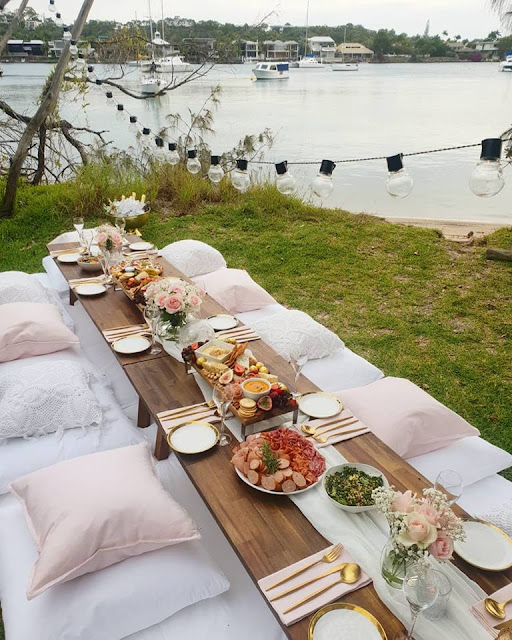 sunshine coast wedding catering grazing tables boards