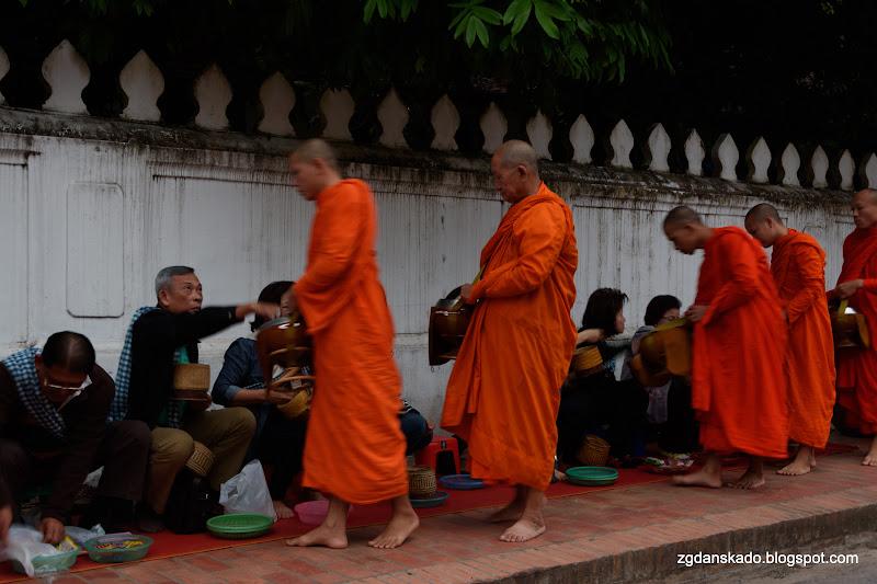 Luang Prabang - Tak Bat