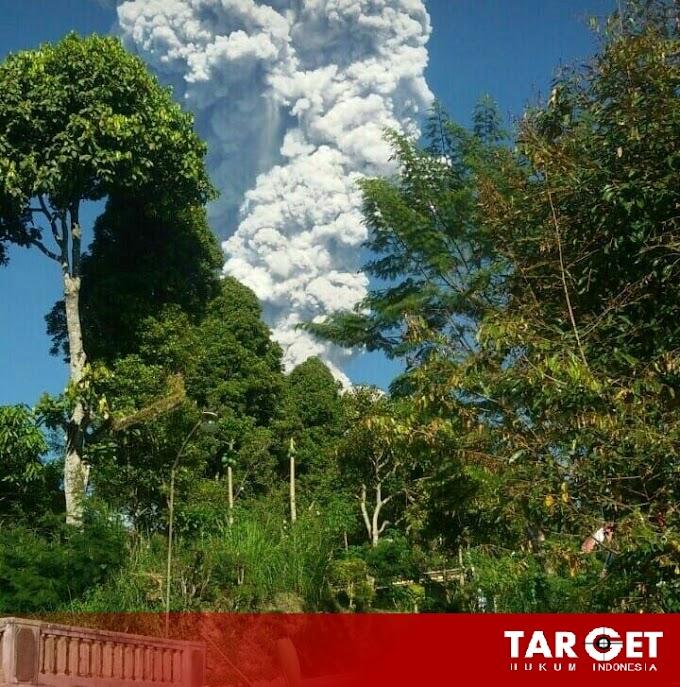 Gunung Merapi Kembali Batuk Mengeluarkan Lava Pijar