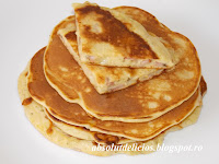 http://absolutdelicios.blogspot.ro/2015/07/pancakes-cu-sunca-si-cascaval.html