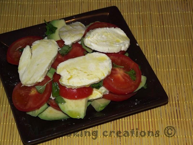 Салата капрезе с авокадо * Insalata caprese con avocado