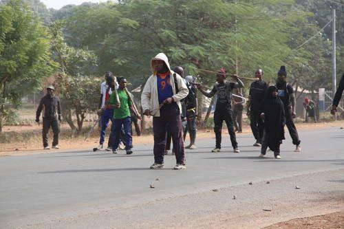 Massa Serang Rumah Pemimpin Sekte Syiah Nigeria