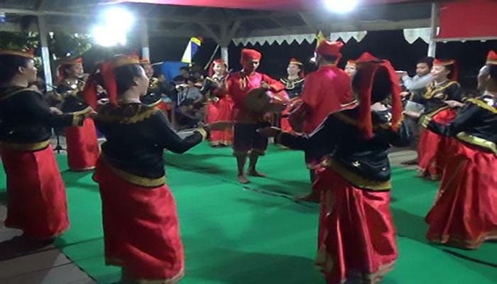 Tari Dero atau Madero, Tarian Tradisional Dari Sulawesi Tengah