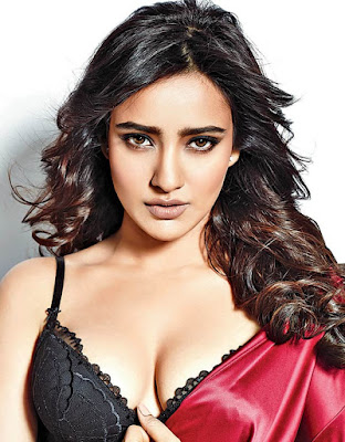 have-done-well-without-any-guidance-says-neha-sharma
