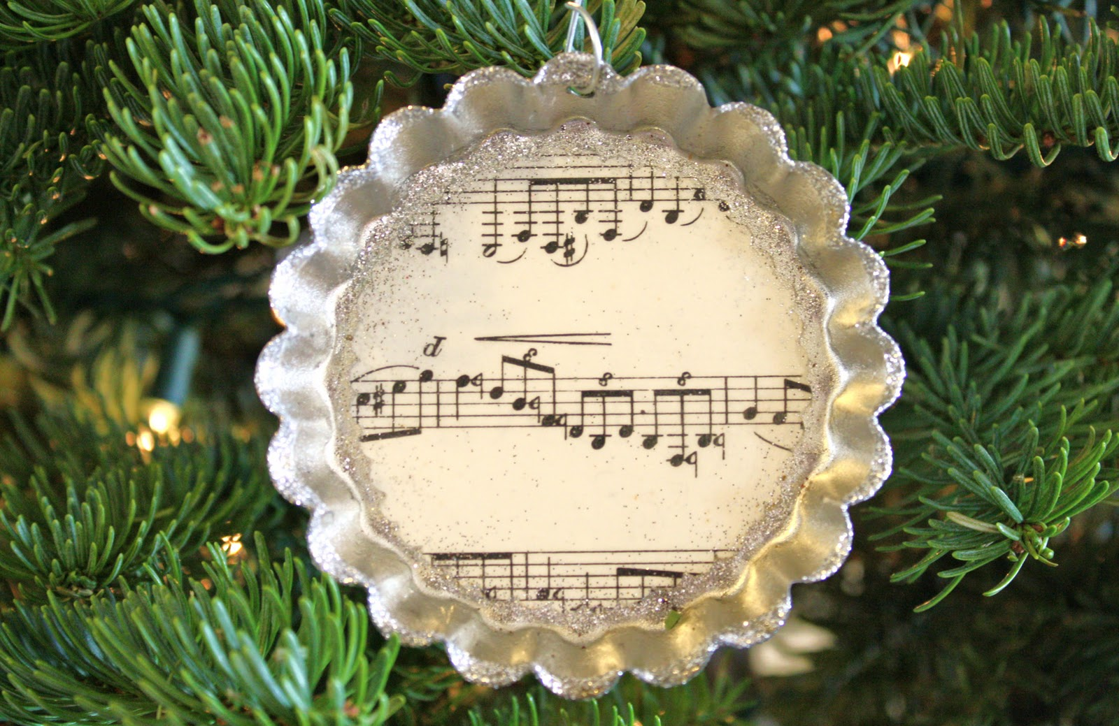 Christmas music ornaments - Of Course It Was Time To Break Out The Sheet Music Again What Can I Say It S An Illness Oh And More Glitter I Glittered The Edges Of The Tin And A