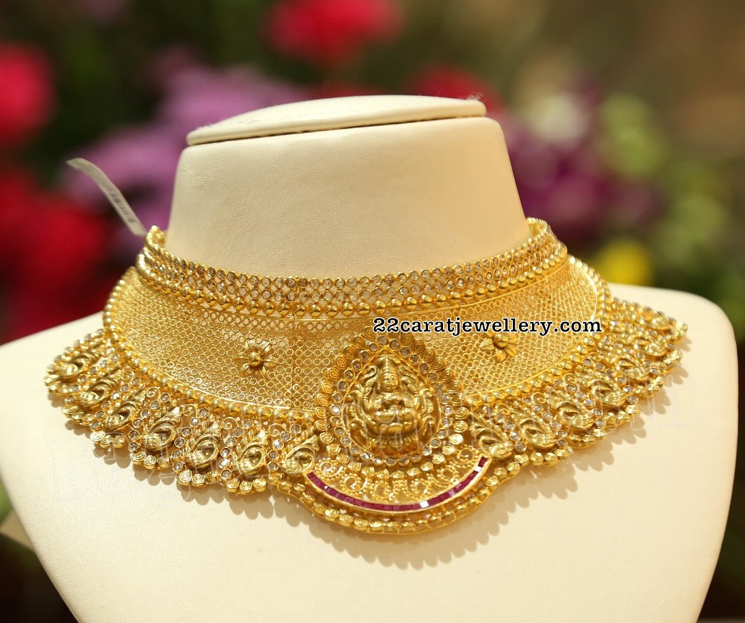 39e31a129ba639 Heavy Bridal Chokers by Malabar Gold and Diamonds - Jewellery Designs