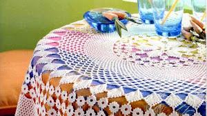 Mantel circular tejido con ganchillo: elegancia en tu mesa