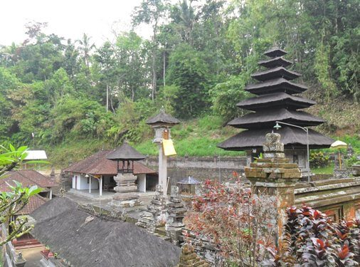 Yeh Gangga Temple is i of the ancient temple which is instantly bears the condition of National C BeachesinBali: Pura Yeh Gangga Bali - Yeh Gangga Temple in Perean Tabanan