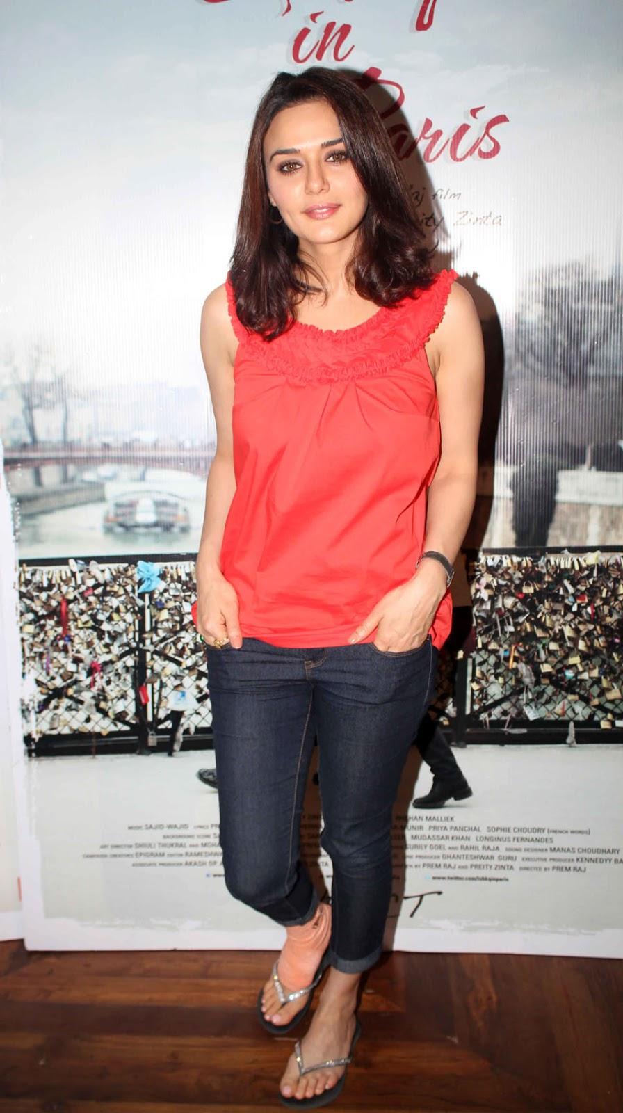 Preity Zinta Hot-8843