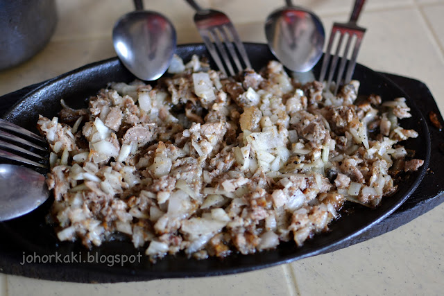 Aling-Lucing-Sisig-Pampanga-Philippines