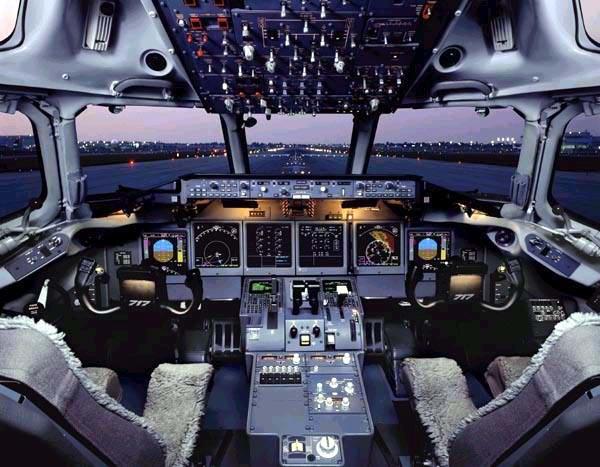 Boeing 717 Interior