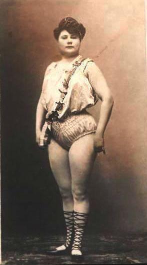 Fotografías de las primeras mujeres culturistas