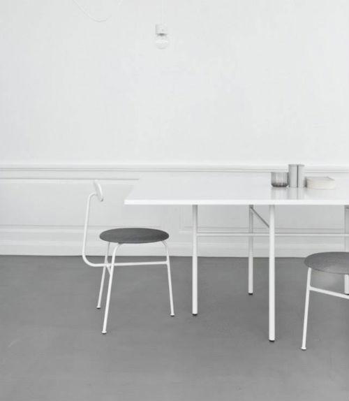 Die Norm Architects haben in Kopenhagen ein neues Studio eröffnet. Die Räume sind hell und schlicht-minimalistisch eingerichtet.