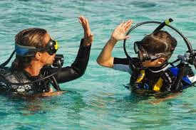 Kids in Phuket love the conditions for Scuba diving as there is so much to see.