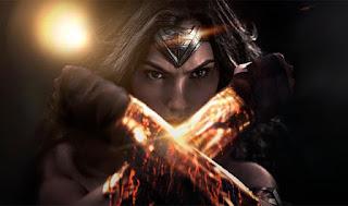 batman vs superman: nueva imagen de detras de las camaras de gal gadot luchando