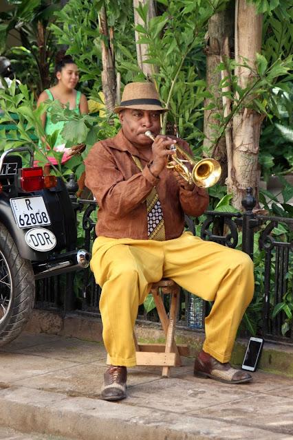 musician havana cuba the touristin trumpet