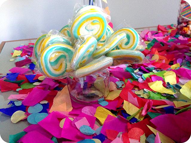 Decoração : Festa Carnaval - Mesa / Pirulitos