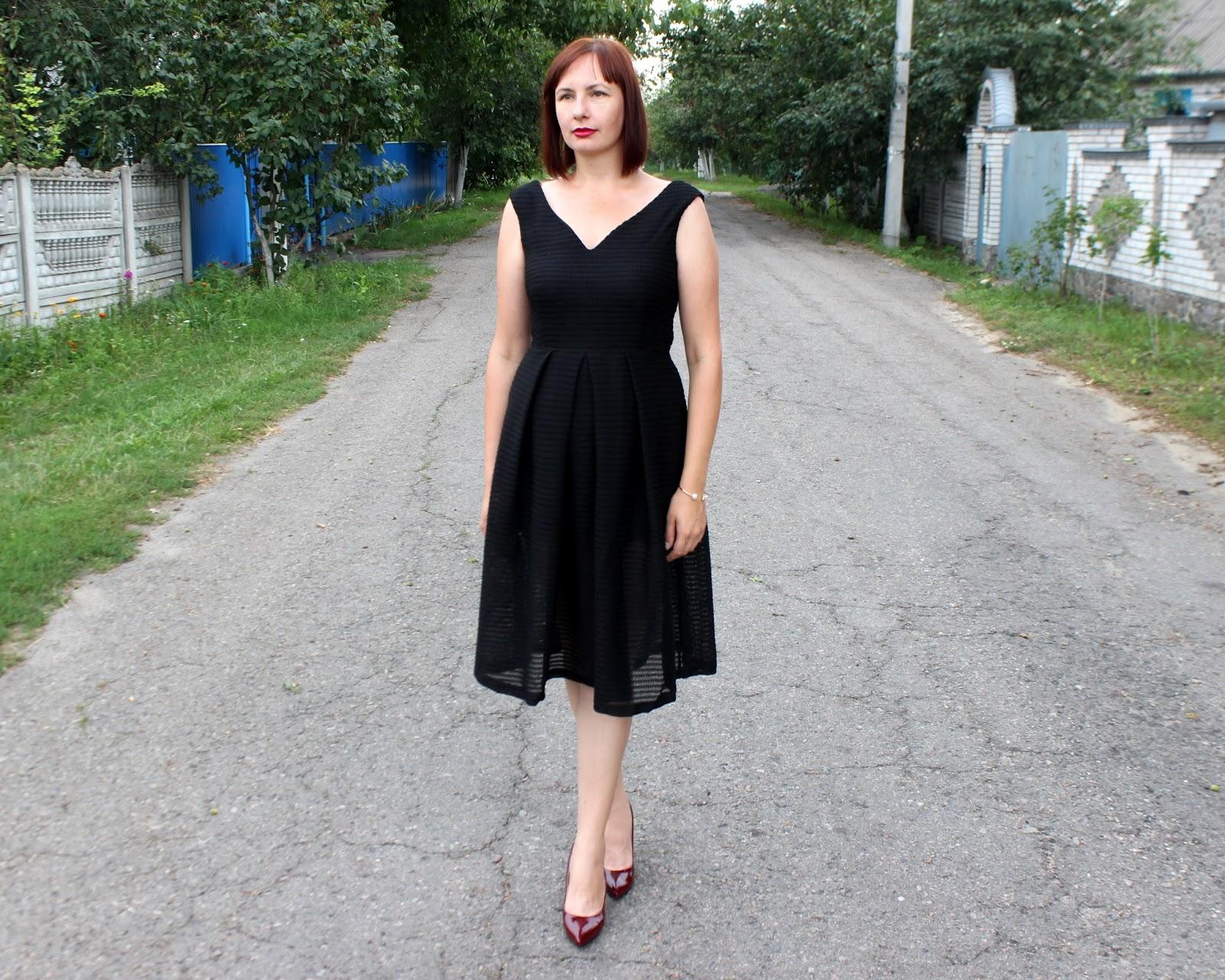 Вов красивое черное платье