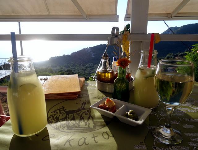 Lemon drink at Lefkatas