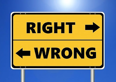 Perbedaan Etika dan Etiket dan Contohnya