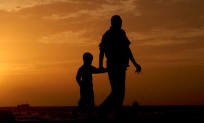 Penafsiran Hamka Tentang Ayat-ayat Berbakti Kepada Orang Tua