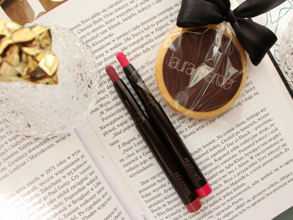 Matowy szyk z Laura Mercier Velour Extreme Matte Lipstick
