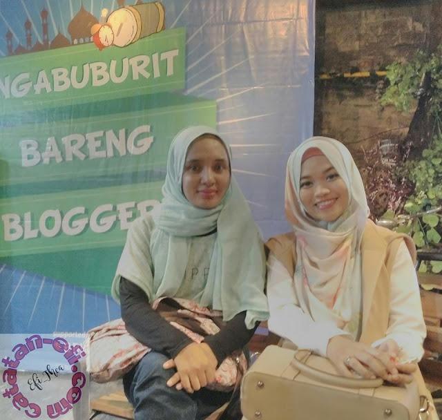 http://www.catatan-efi.com/2016/06/Ngabuburit-blogger-bandung-bareng-bblog-dan-bca.html