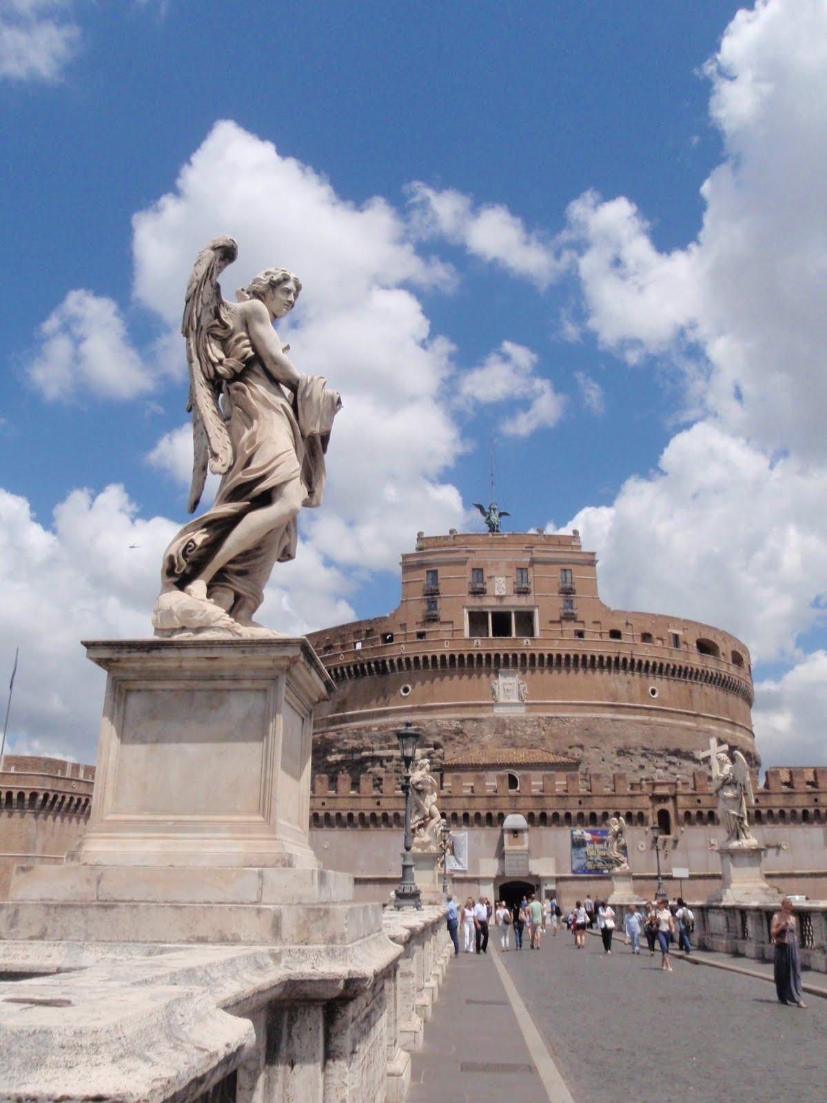 一年應該...: 聖天使城和梵蒂岡