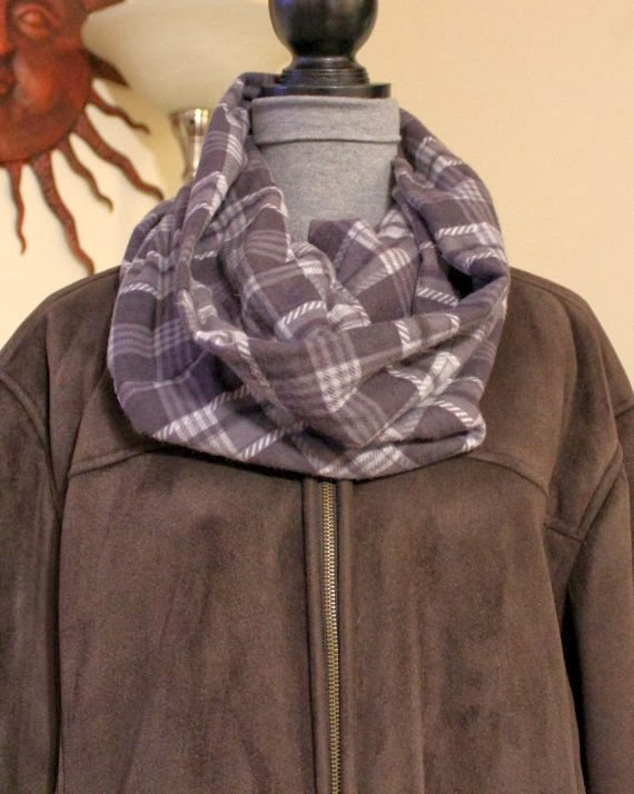 https://www.etsy.com/listing/175033927/hipster-warm-infinity-cowl-brown-gray?ref=shop_home_feat
