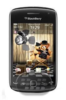 Un tema muy lindo especial para chicas, para los amantes de los animales en especial los osos. Características: 1. Antecedentes en todas las pantallas.2. Todos los iconos del sistema, incluidos los mensajes, navegador, contactos, calendario, el perfil, el conjunto de iconos de alerta.3. Los colores del menú, se destacan, el perfil de Fuentes emergentes.4. Enlace rápido para apoyar el sitio y mucho más! Compatibilidad BlackBerry OS 7.0 BlackBerry 9360, 9380, 9850, 9860, 9900 Descarga APPWORLD Fuente:blackberrygratuito