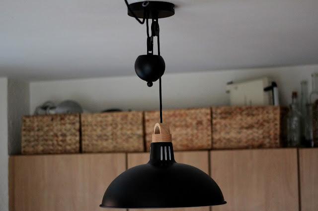 licht schafft zuhause 20 blogger 20 lampen meine neue regenbogen leuchte apfelb ckchen. Black Bedroom Furniture Sets. Home Design Ideas