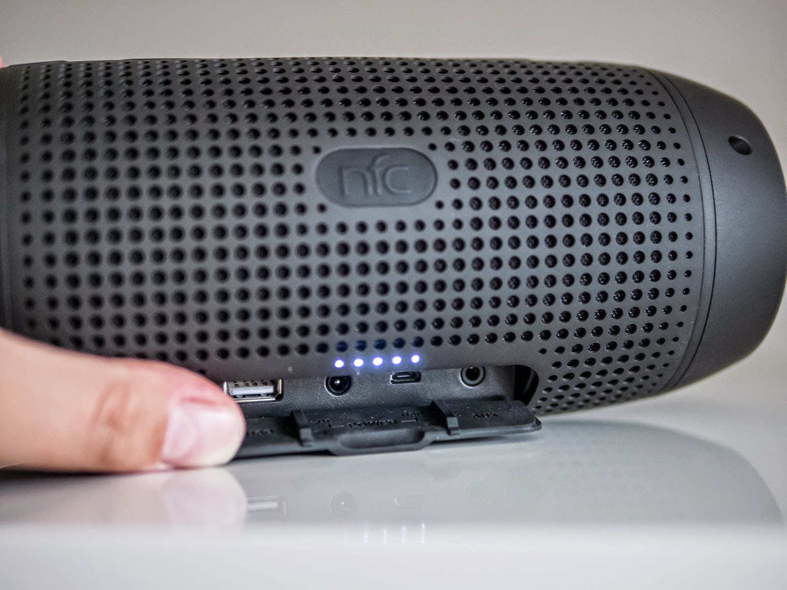 Oluv's Gadgets: Review: Infinity One - Premium wireless