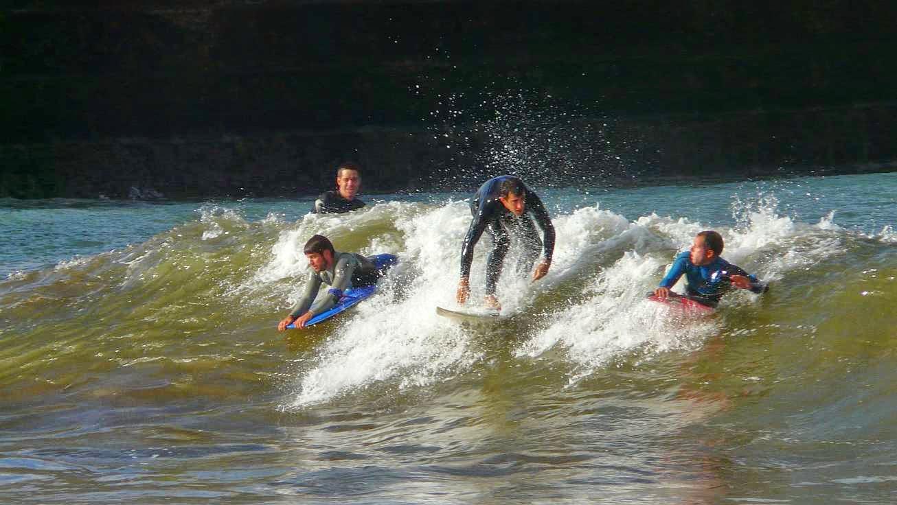 surfing ereaga 09