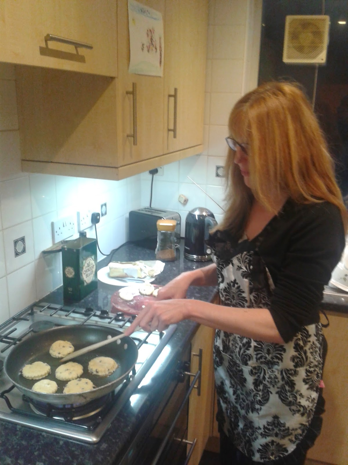 Welsh cakes recipe - Linda Hobbis cooking Welsh cakes on the hob